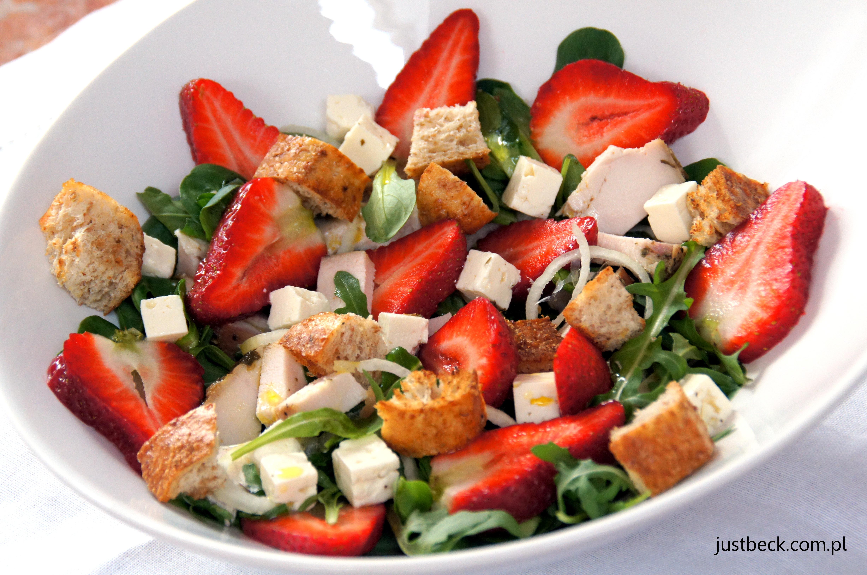 salatka truskawkowa